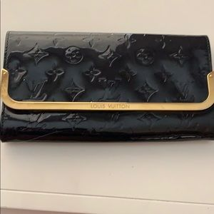 Louis Vuitton Vernis navy clutch